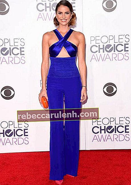 Shelley Hennig bei den People's Choice Awards 2016