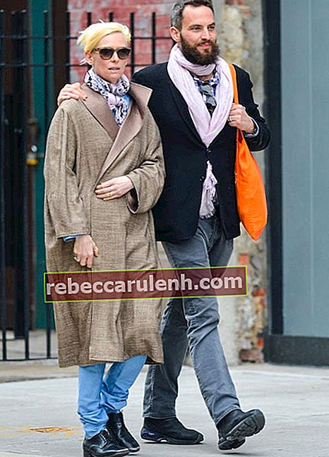 Tilda Swinton mit Sandro Kopp in New York City im April 2013
