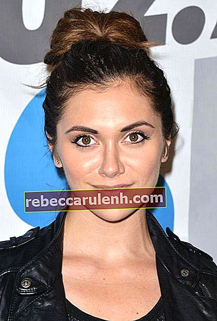 Alyson Stoner auf der Teen Choice Pre Party 2015 von 102.7 KIIS FM in Los Angeles