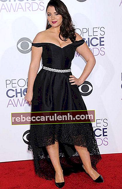 Kether Donohue bei den People's Choice Awards 2016 in Los Angeles