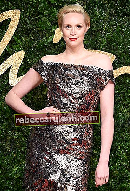 Gwendoline Christie bei den British Fashion Awards 2015