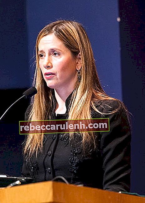 Mira Sorvino an der School of Foreign Service im Januar 2013