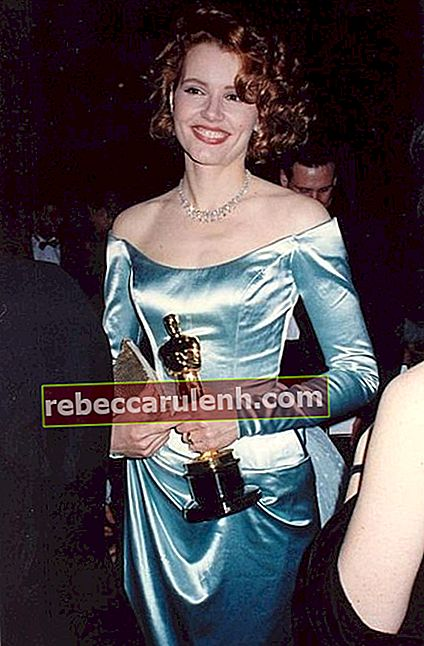 Geena Davis hielt 1989 ihren Oscar für The Accidental Tourist