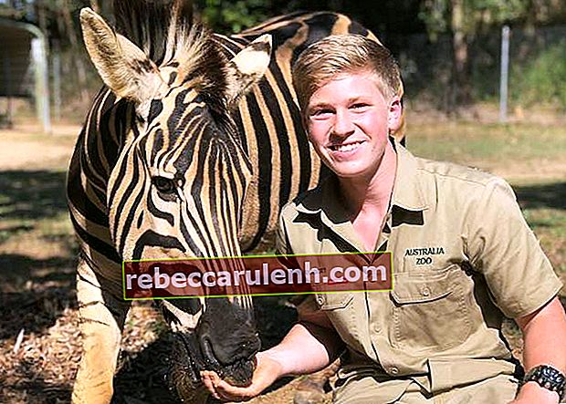 Robert Irwin mit Zambezi the Zebra im Australia Zoo im September 2018